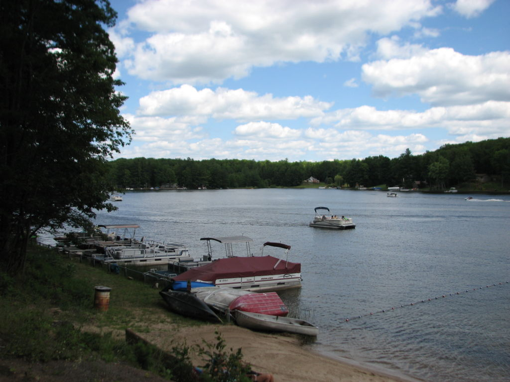 Boats at the Rose Lake Forest Beach